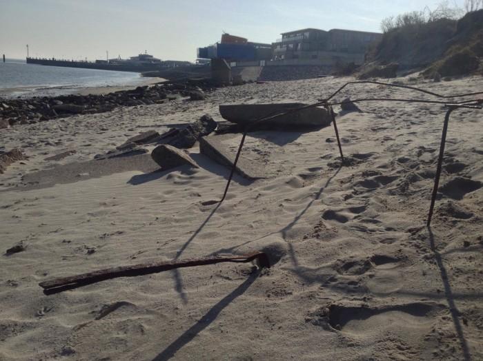 """Der """"Strand"""" am Lister Hafen, da hinten hinterm MUEZ, vorher..."""